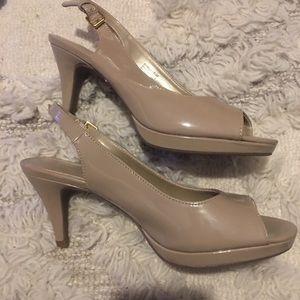 Bandolino Nude Heel Size 8.5